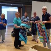 Die Hanseatic-Friends hängen ihre Ausstellung